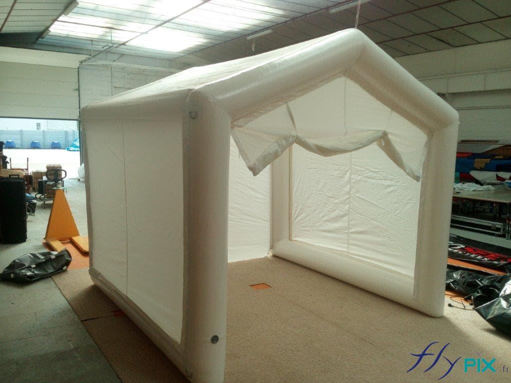 Tente gonflable PMA, cabine SAS de décontamination, ou pour faire des drive-tests PCR ou pour nettoyage par brumisateur.