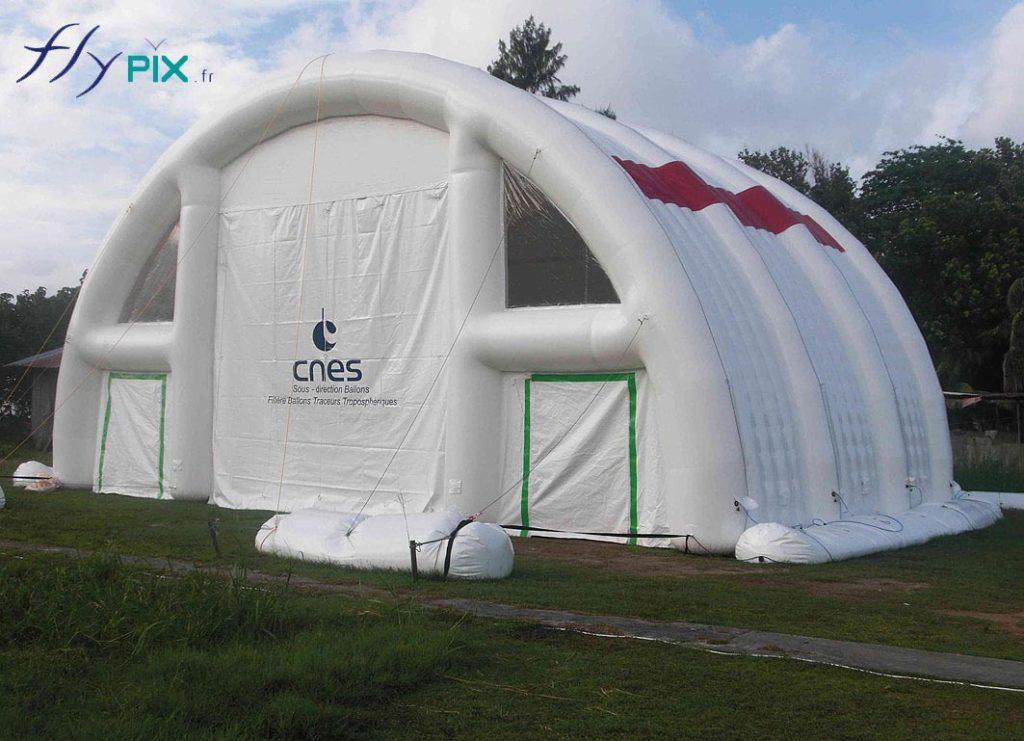 Grand hangar gonflable air captif, de 100m2 utiles.