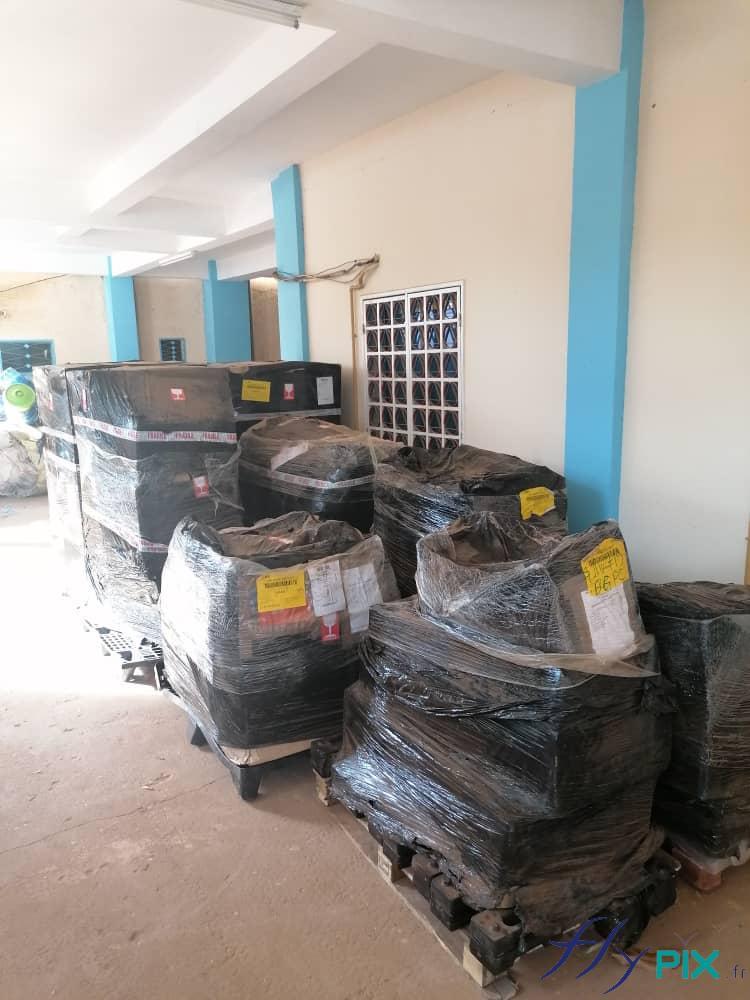 Livraison des tentes médicales PMA, au Niger, en Afrique, auprès de la Protection Civile