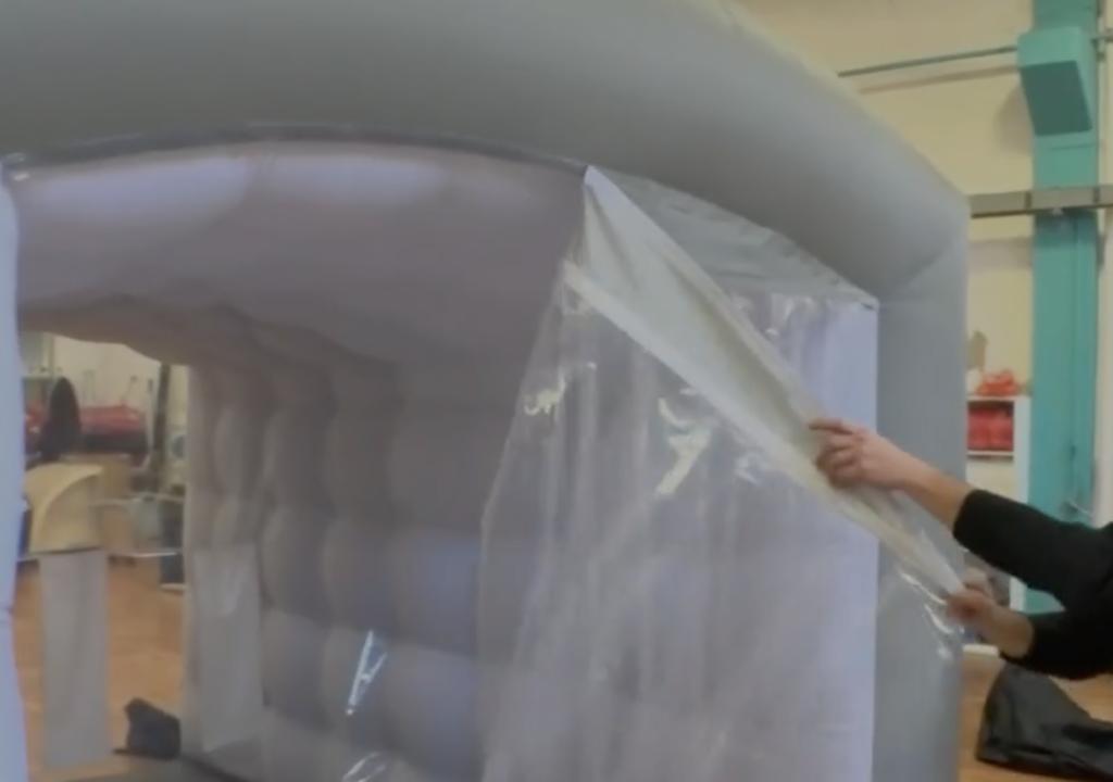 Tente gonflable câlins pour les maisons de retraite
