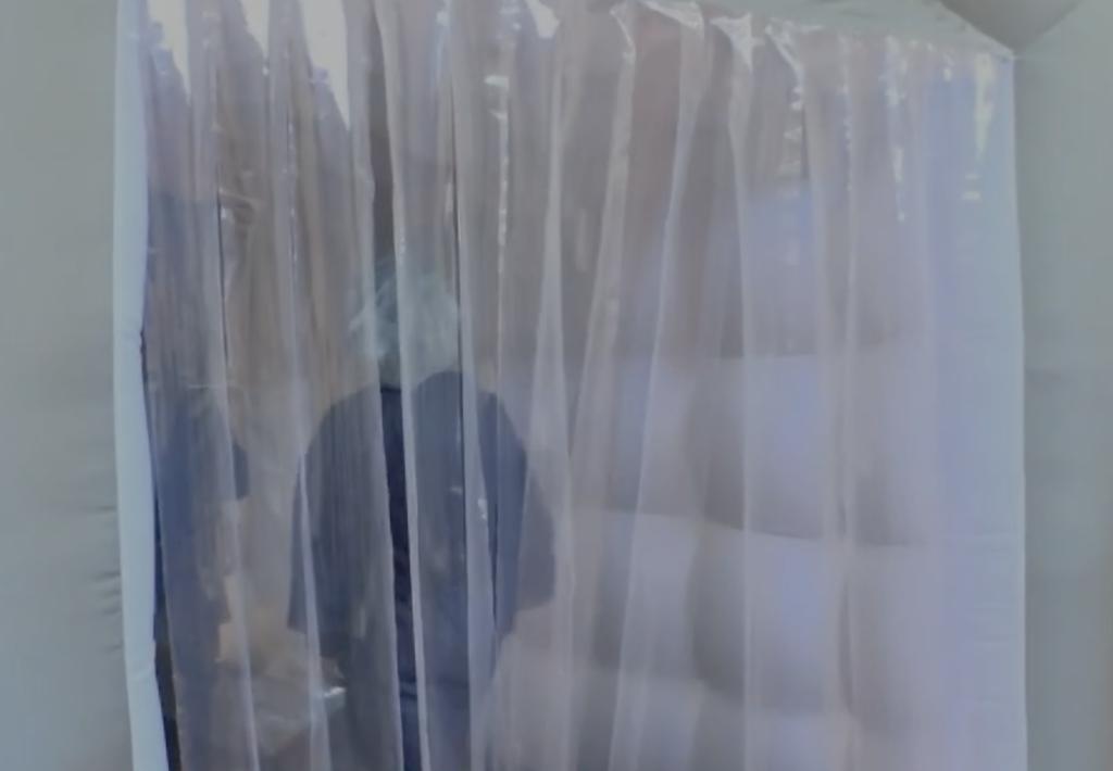 Tente gonflable câlins fabriquées sur mesure en France par nos soins